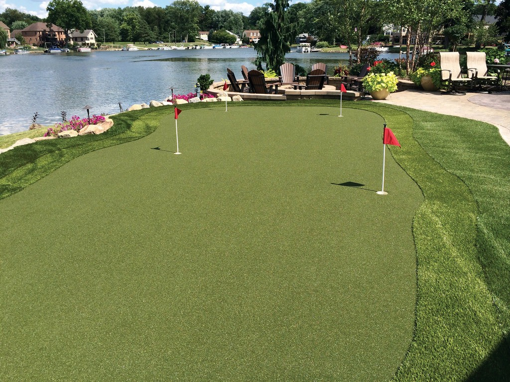 Larry's Professional Backyard Putting Green with GolfGreens by ForeverLawn