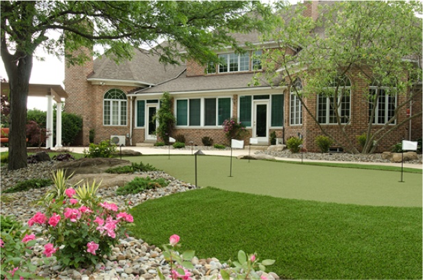 GolfGreens residential installation in Canton, OH